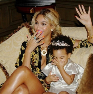 Beyoncé-and-Blue-Ivy-4